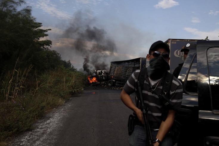 Las fotografías de Jerome Sessini retratan el estado de violencia que se vive en Michoacán. Foto:  Sopitas.com Enero 2014.